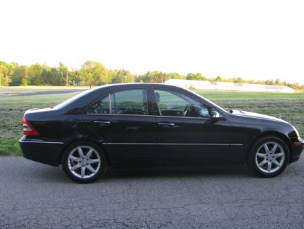 Clean condition black 2001 mercedes benz c240 in for 2001 mercedes benz c240