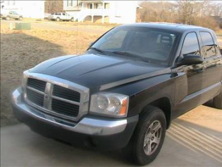 excellent condition black 2005 dodge dakota quad cab slt. Black Bedroom Furniture Sets. Home Design Ideas